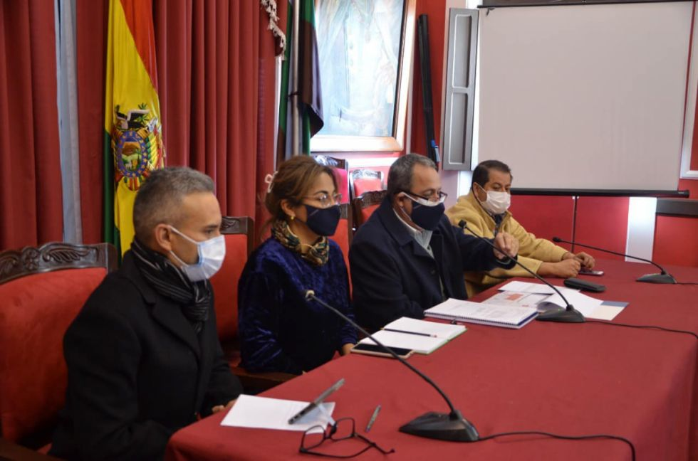 COED y autoridades en salud analizan un posible retorno a clases presenciales en Tarija