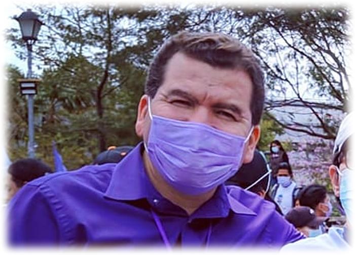 Alejandro Velarde, candidato de Renace Humanidades