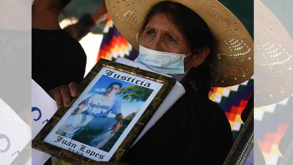 Familiares de las víctimas mortales del caso Huayllani, en semanas anteriores. DICO SOLÍS