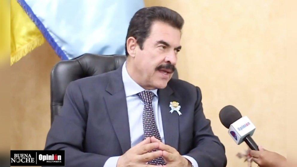 El alcalde Manfred Reyes Villa, en una entrevista con el programa Buena Noche de OPINIÓN.