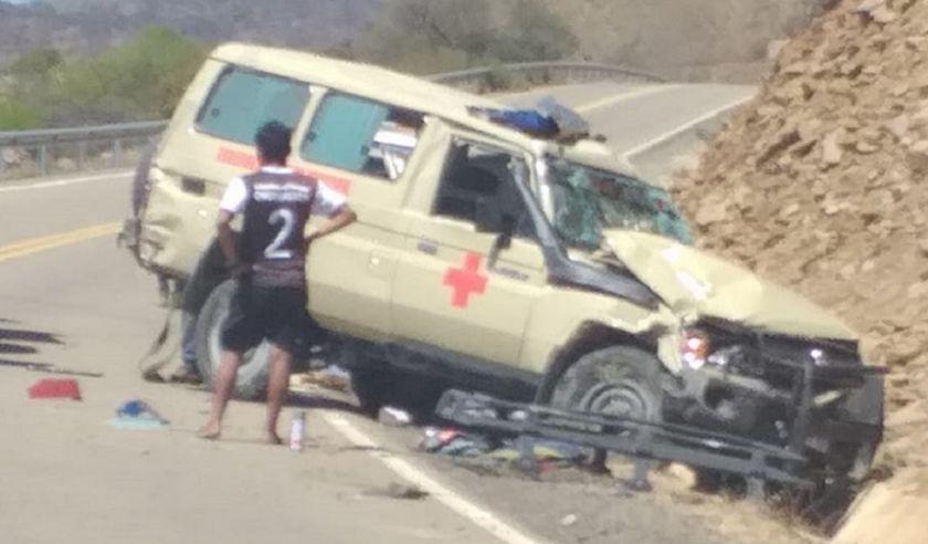Muere un médico en accidente de ambulancia cerca de Tomina