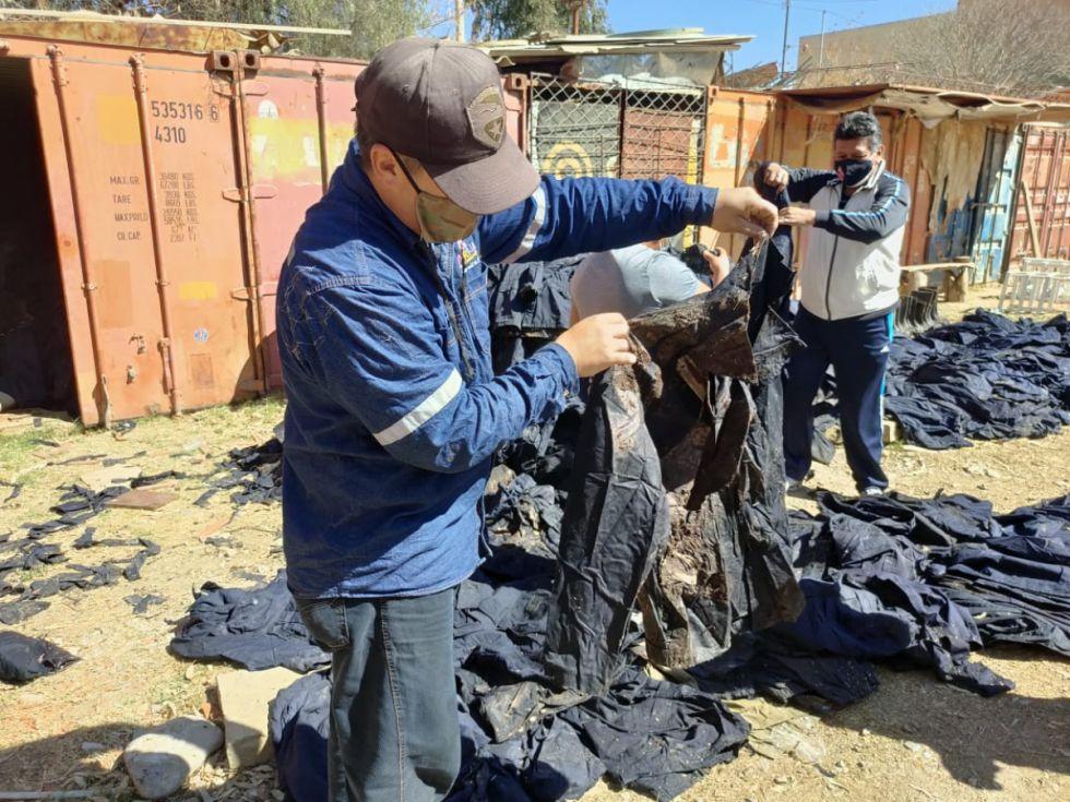 Paz asegura desconocimiento de la existencia de la ropa donada para bomberos de Tarija