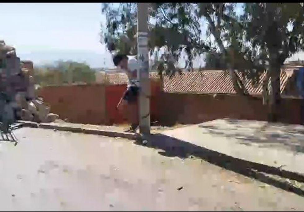 Nuevamente atrapan y amarran a un descuidista en el mercado Campesino de Tarija