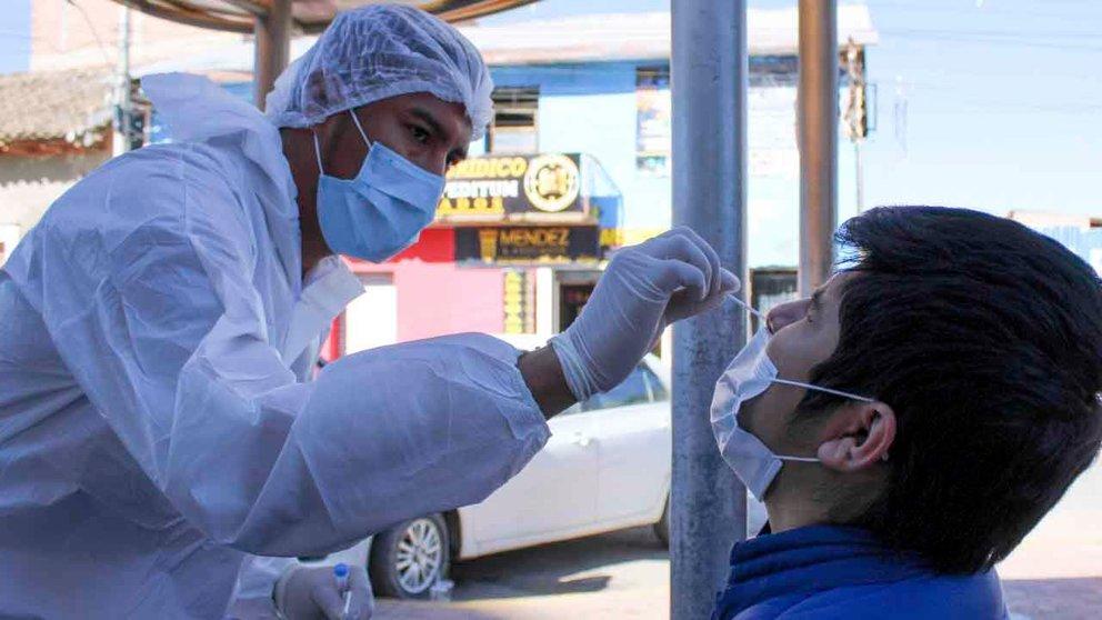 Realizan prueba antígeno nasal en Sacaba. FOTO: Alcaldía de Sacaba