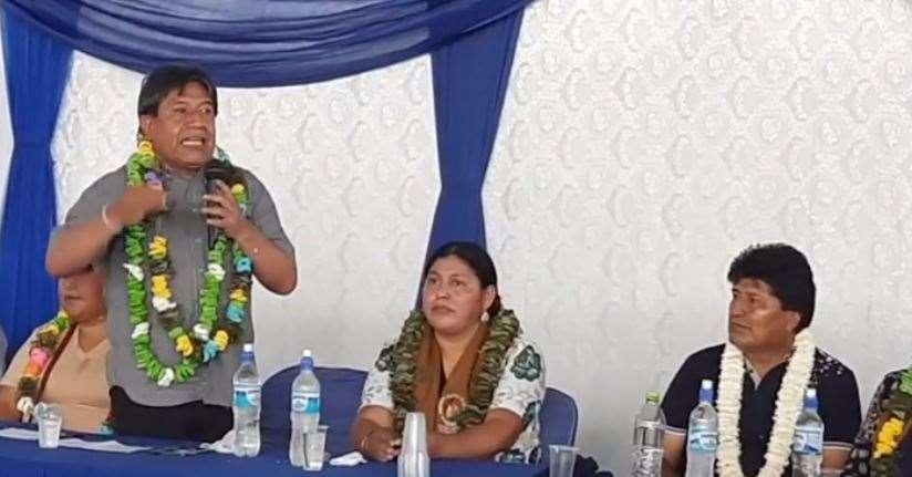 El Vicepresidente y Evo Morales compartieron la testera en Cochabamba