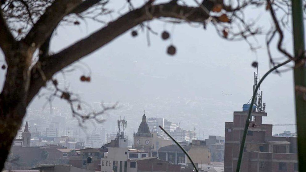 Vista de la contaminación en Cochabamba la última semana. DICO SOLÍS.