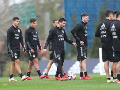 Scaloni delinea su 11 para recibir a Bolivia con Messi, una duda y cinco bajas - La Razón | Noticias de Bolivia y el Mundo