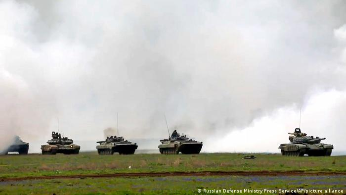 Maniobras militares rusas en Crimea. (Abril 2021).
