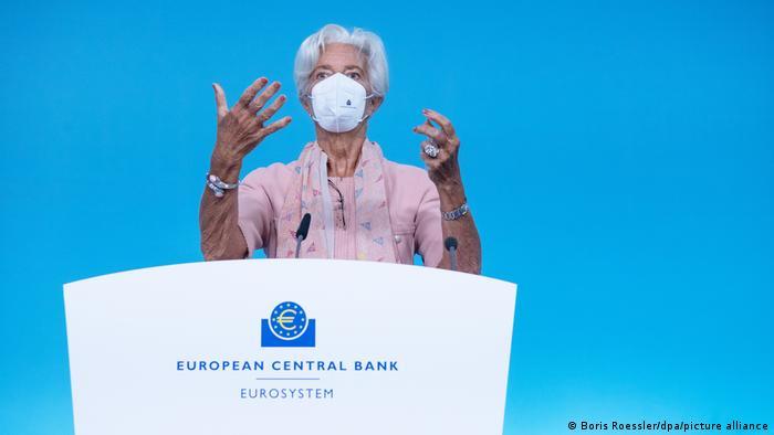 Frankfurt/Main, Deutschland | Pressekonferenz der EZB - Christine Lagarde