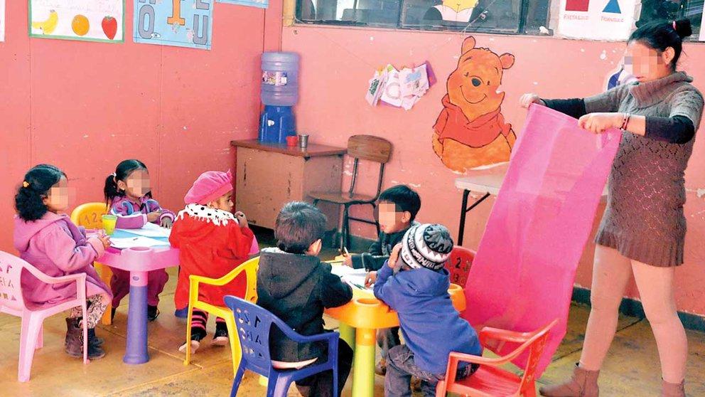 Un grupo de niños en una guardería municipal, antes del brote de COVID. ARCHIVO
