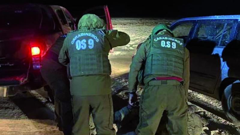 Defensa dice que militares apresados en Chile cumplían labores «de alto riesgo»
