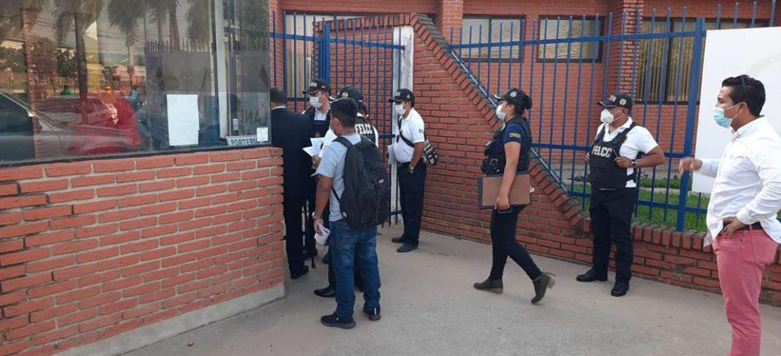 La Fiscalía y Felcc realizaron el allanamiento la tarde de este lunes.