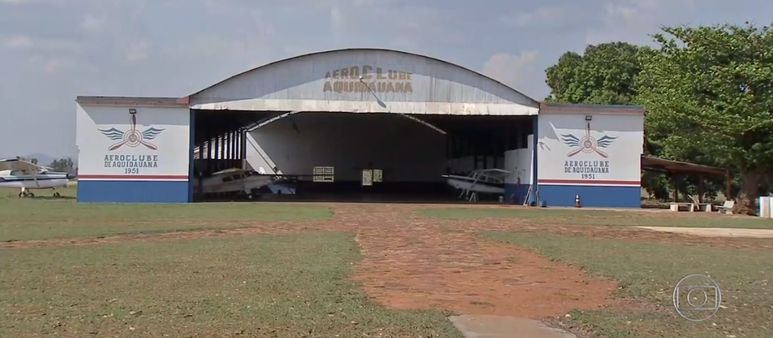 El hangar próximo a la frontera I Captura.
