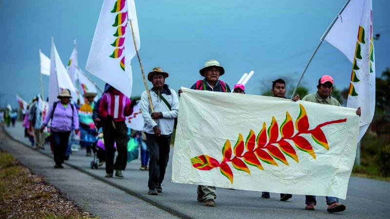 Desde 3 flancos, el oficialismo arremete contra marcha indígena