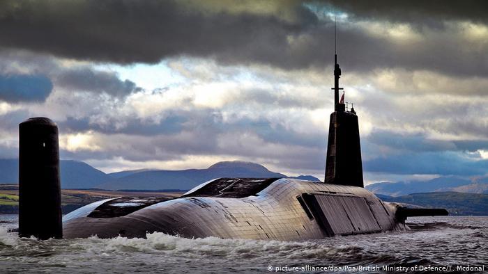 Submarino nuclear Venganza de fabricación británica, aquí en la base escocesa de Faslane-on-Clyde el 18 de julio de 2017.