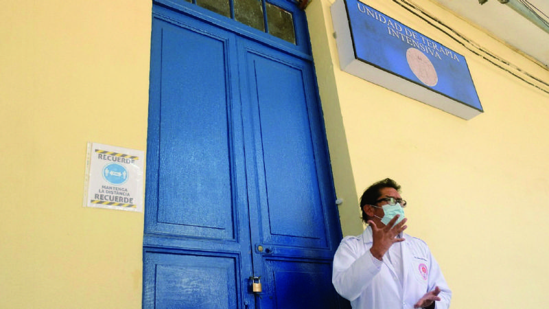 Nueve de 15 camas de UTI del Hospital de Clínicas se cierran