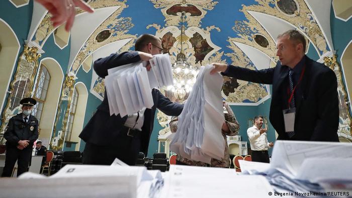 Russland Parlamentswahlen Auszählung