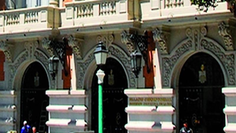 Ola de destituciones desvela corrupción, acoso y prebendas en la Alcaldía de La Paz