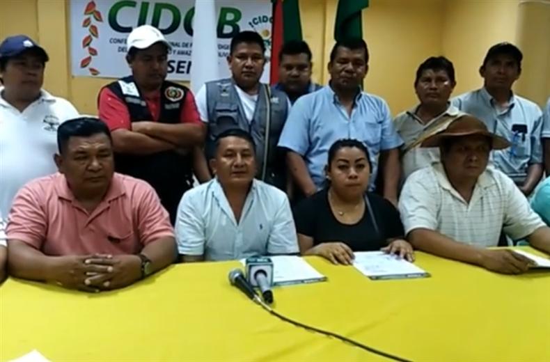 La reunión de desarrollo en la casa grande la Cidob, de la Villa 1ro de Mayo.