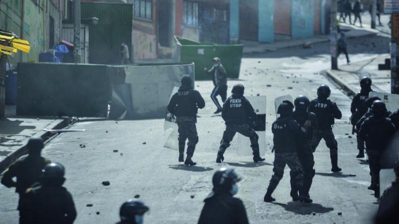 Lluta pierde Adepcoca ante arremetida policial y pugna de 2 facciones del MAS