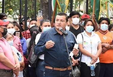 Jhonny Fernández habló sobre la fiscalización de contratos de la Alcaldía. Foto: GMSCZ