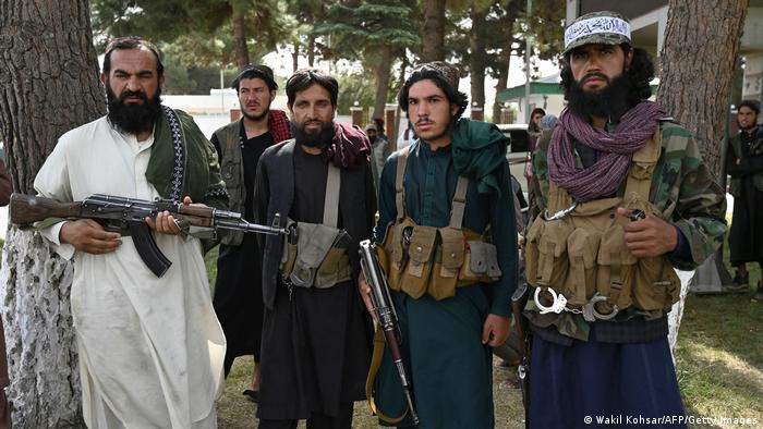 Combatientes talibanes en Yalalabad, Afganistán. (31.08.2021).