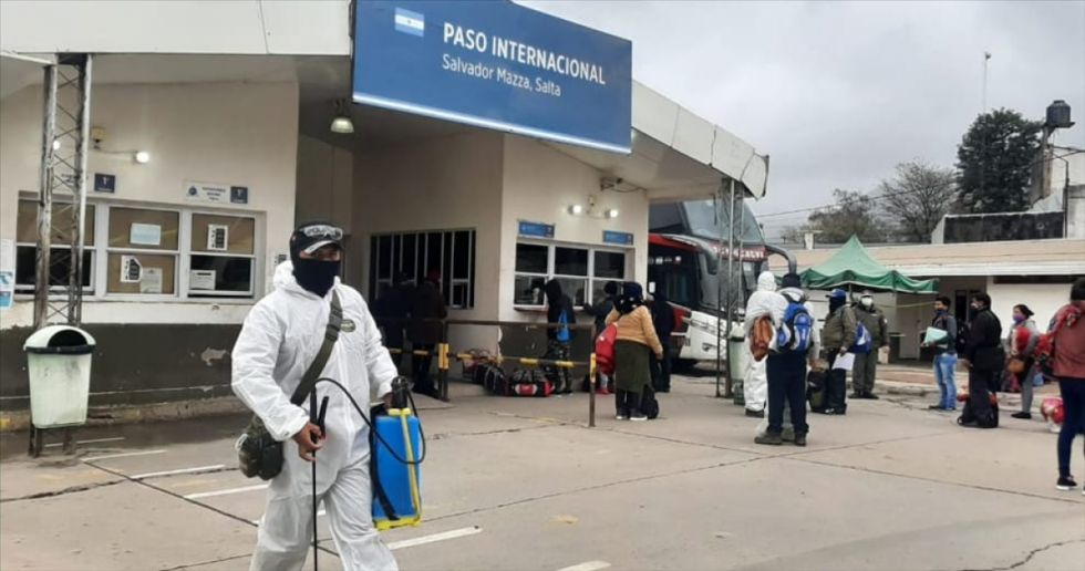 Bagayeros aguardan reapertura de frontera, 90% está vacunado