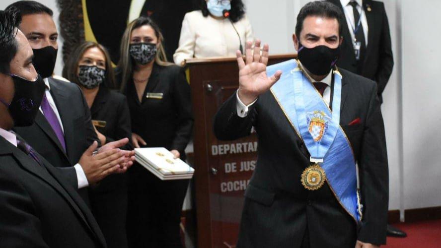 Manfred Reyes Villa, alcalde de Cochabamba. Dico Solís