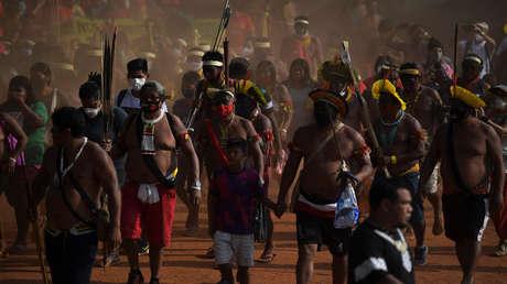 El Tribunal Supremo de Brasil prohíbe el ingreso de misioneros a pueblos indígenas aislados para frenar el covid-19