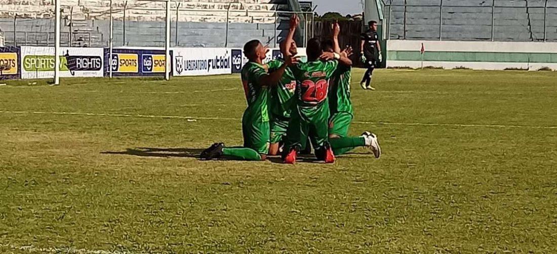 El festejo de Torre Fuerte, que el sábado vencieron a Academia FC. Foto: ACF