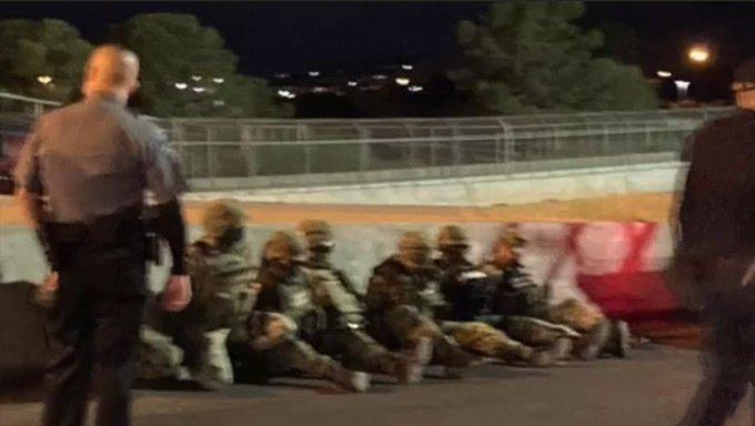 Detienen a 7 militares mexicanos que cruzaron por error frontera con EU; esto sabemos del caso