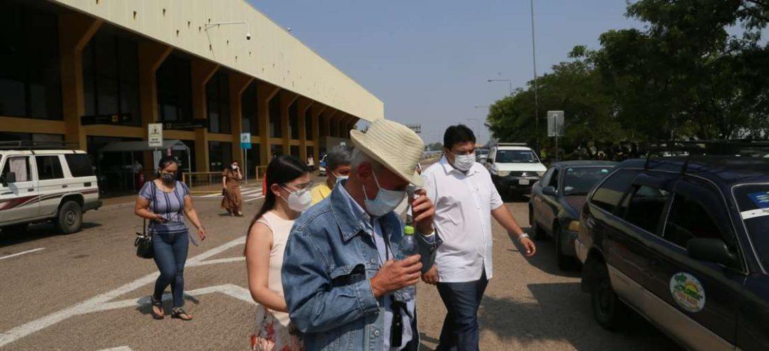 José Luis Parada tras ser retenido por Migración/Foto Ipa Ibáñez