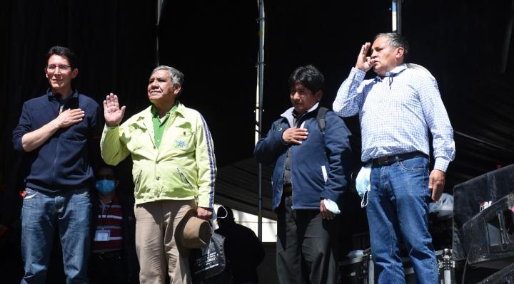"""René Ballivián, del sector """"democrático"""", es nuevo presidente de la Fejuve La Paz, perdió el sector masista"""