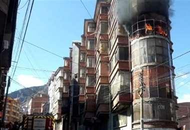 Incendio de una vivienda en Villa Fátima