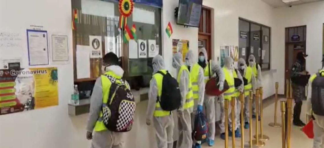 Bolivianos expulsados de Chile