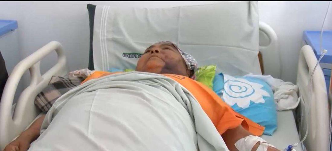 La agredida se encuentra en un hospital recuperándose de las agresiones