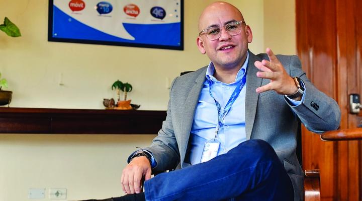 Justicia declara rebelde al exgerente de Entel Elio Montes por caso finiquitos