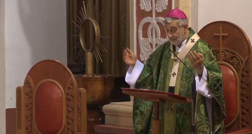 """""""Hoy Jesús nos habla del divorcio, un problema siempre muy crucial"""", dijo Gualberti"""