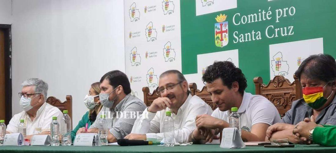 La cumbre inició en las oficinas del Comité Cívico/Foto Jorge Gutiérrez