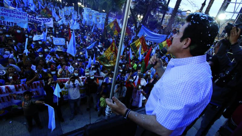 Día clave para Reyes Villa, el Gobierno está en la capital