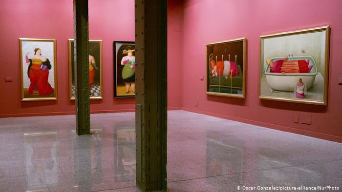 Ausstelung von dem kolumbianischen Künstler Fernando Botero In Madrid